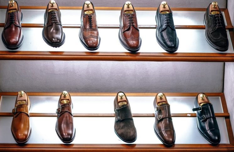 coraz bardziej modne obuwie oxfordy