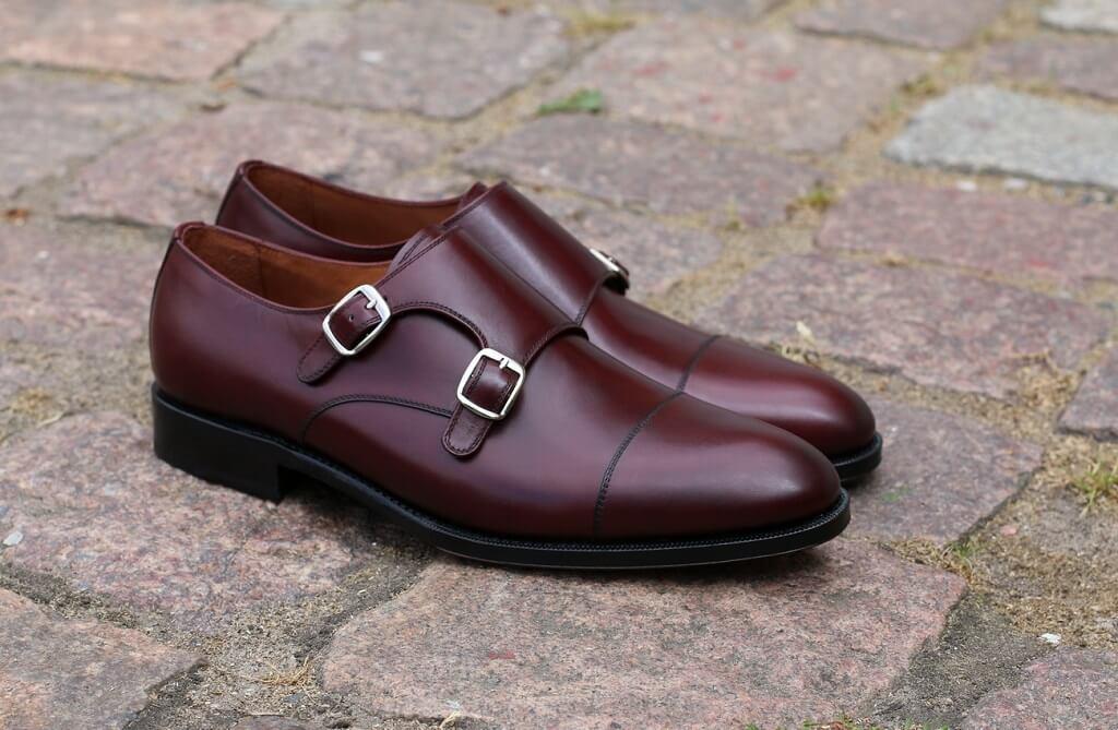 skórzane buty męskie typu brogsy